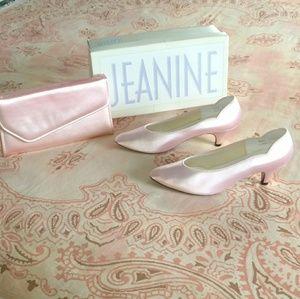 Vintage Jeanine Pink Heels and Clutch Set